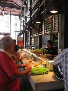 Mercado del san Miguel eating in